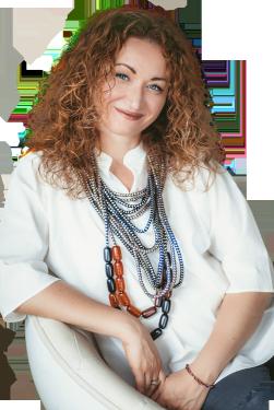 Алена Краснова - автор магического практикума Открытое сердце