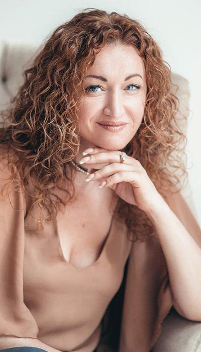 Алена Краснова - автор и ведущая тренинга Автопилот к целям